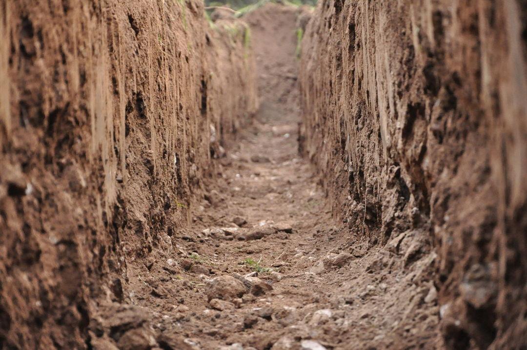 saluran air tanah