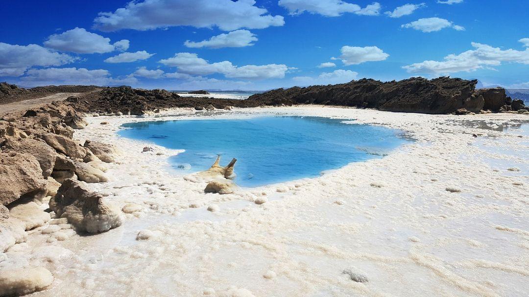 salinitas laut mati