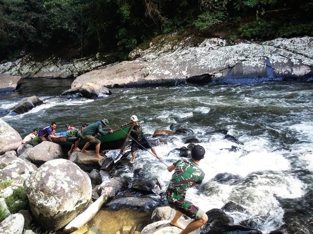 sungai di kayan mentarang
