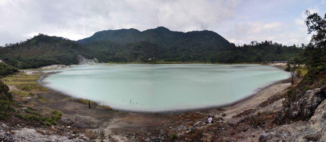 danau kawah talaga bodas