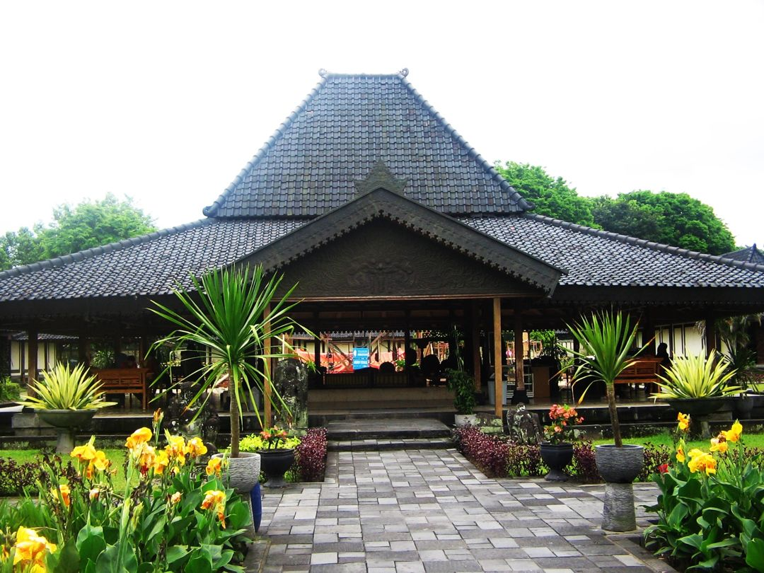 11 Rumah Adat Jawa Timur Aneka Jenis Joglo Limasan Gambar Penjelasan