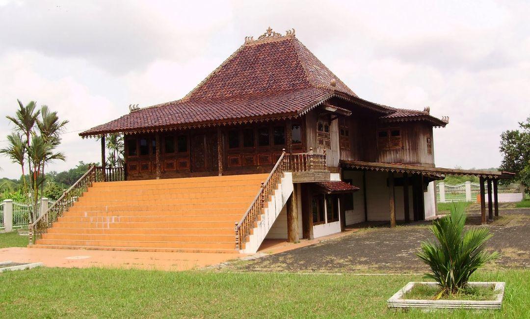6 Rumah Adat Sumatera Selatan Palembang Pasemah Ciri Gambar Penjelasan