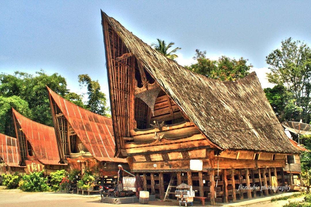 8 Rumah Adat Sumatera Utara Gambar Filosofi Penjelasan Lengkap