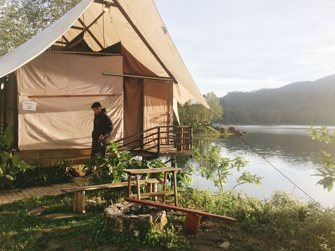 glamping lakeside rancabali