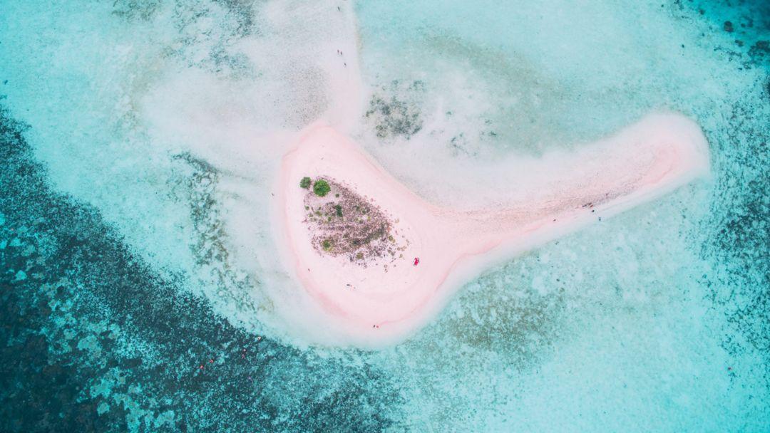 pulau taka makassar