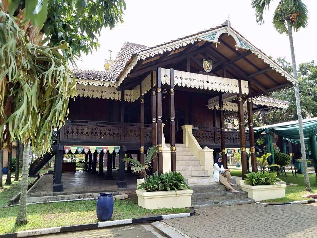 rumah tradisional bengkulu
