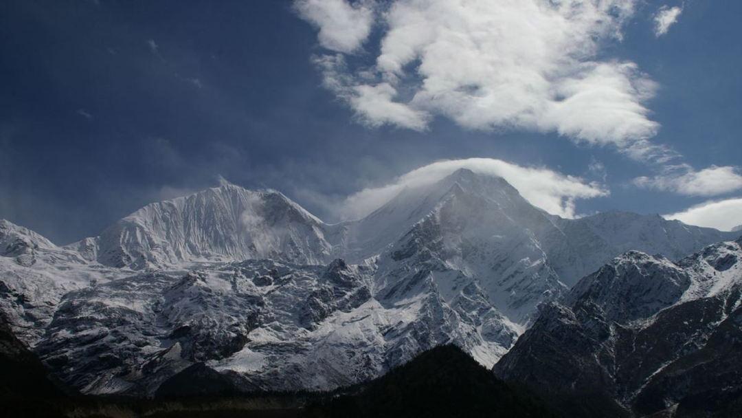 Gunung Manaslu
